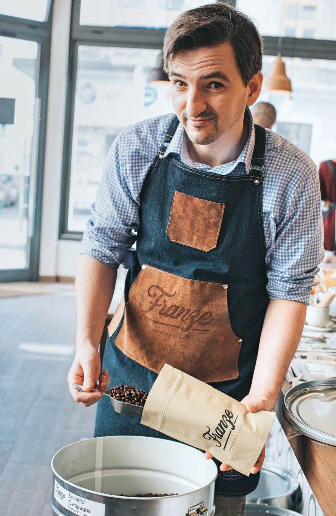 Kaffeeröster und Teehändler Nicholas Franze
